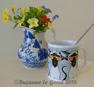Siamese cool cats flowers