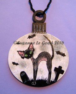 bauble-devon-rex-halloween-moon